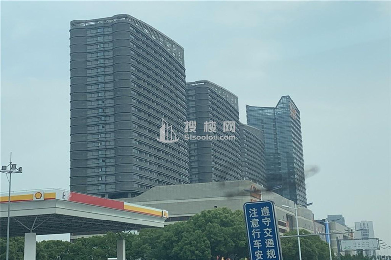 苏州相城天虹广场